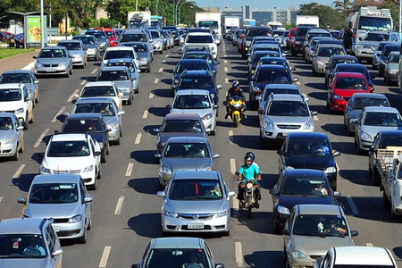 filas de carros